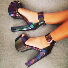 PARTY: bulk strap dark holographic platforms {pinterest~coolting}