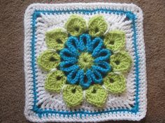 Ravelry: Simple 10-Petal Afghan Square pattern by Joyce Lewis - Free Pattern