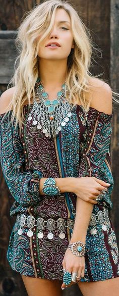 30 Gorgeous Boho Dresses To Make You Look Glam #jewelry #fashion #accessories #woman #girls #gemstone #gemstonejewels #style