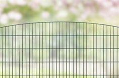 Design hekwerk type Sydney uit onze #Elegance programma: -Standaard lengte 2510 mm -Hoogtes 800,1000 en 1200 mm *Kleuren mosgroen en antraciet. Andere maten en kleuren op aanvraag.  #www.zichtdicht.nl
