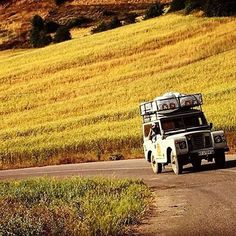 Land Rover 88 Serie III Sw Safari top. Travel to adventure of life. Lobezno.