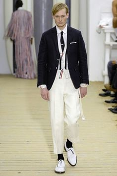 The complete Thom Browne Spring 2008 Menswear fashion show now on Vogue Runway.