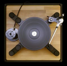 We have been manufacturing tailor made record players for 11 years based upon our passion for record players and recordings. Diy Turntable, High End Turntables, Record Players, High End Audio, Audio Equipment, Audiophile, Tech Gadgets, Universe, Vinyls
