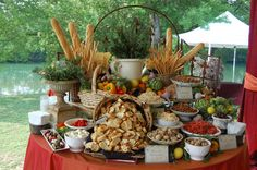 looking for inspiration: bruschetta bar - Inspiration - Project Wedding Forums (Rustic Cheese Table) Party Platters, Party Buffet, Antipasto, Bruschetta Bar, Appetizers Table, Wedding Appetizers, Bread Appetizers, Buffets, Fingers Food