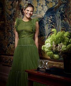 Princess Victoria Of Sweden, Princess Estelle, Crown Princess Victoria, Princess Madeleine, Prince Héritier, Style Royal, Swedish Royalty, Estilo Real, Green Gown