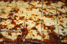 Ruokasurffausta: Pellillinen feta-basilika-aurinkokuivattu tomaatti-piirakkaa ja ohjeet täydelliseen suolaiseen piirakkapohjaan