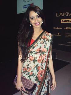 floral print sari