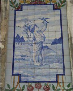 Azulejo do edifício das Quatro Estações - Este Azulejo representa a estação do «Primavera» Encontra-se na R. Manuel Firmino nº 47, 49, Aveiro