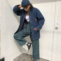 Dickies four pocket work wear denim jacket. Listed as size medium but could fit a small-large depending on fit preference. Fashion Killa, Look Fashion, 90s Fashion, Fashion Outfits, Simply Fashion, Funny Fashion, Fashion 2017, Womens Fashion, Fashion Trends