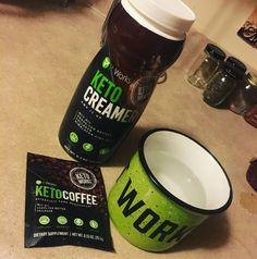 """Envie de brûler des calories ? D'un coup de pouce pour ta perte de poids ?  Notre marque a créé un nouveau café, le #ketocoffee, ainsi que qu'une crème en poudre, le #ketocreamer, afin de t'aider à cela.  Si ça t'intéresse, viens me voir en  pv et commence vite ton programme """"bruleur de calories""""  https://druscillaazedereine.itworkseu.com"""