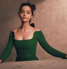 Jenna Coleman Clara Oswald, Doctor Who, Eleventh Doctor, British Actresses, Actors & Actresses, Dr Who Companions, Gamine Style, Queen Victoria, Victoria Prince