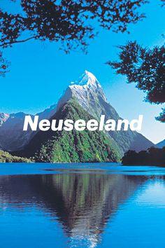 Neuseelands Sehenswürdigkeiten überzeugen mit einmaligen Naturspektakeln und beeindruckenden Landschaften. Fjorde, heisse Quellen, türkisblaue Seen und weisse Strandabschnitte sind genauso Teil Neuseelands wie die freundlichen und hilfsbereiten Kiwis – wie sich die Einwohner selbst nennen. Als Naturfreund kommst du hier von Anfang an auf deine Kosten. Denn die beiden Hauptinseln haben eine Vielzahl von Aktivitäten zu bieten. Fjord, Seen, Half Dome, Strand, Mountains, Nature, Travel, Volcanoes, New Zealand