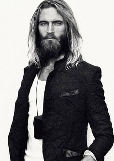 I would love to try this complete look, the long hair and full facial hair. Beards And Mustaches, Moustaches, Hippie Men, Bohemian Men, Bohemian Clothing, Boho Gypsy, Hair And Beard Styles, Long Hair Styles, Great Beards
