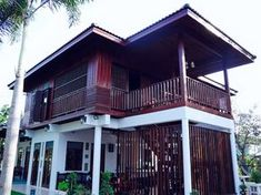 Modern Tropical Architecture Design There are 50 + Modern Tropical Architecture Design below The tropical style is one of the most popular styles in the world. When we say tropical, we immediat… Modern Tropical House, Tropical Houses, Tropical Architecture, Architecture Design, Home Building Design, House Design, Hut House, Asian House, House Color Palettes