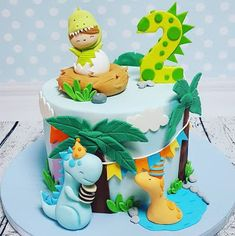 50 Party & Birthday Motive Cakes For Craft Lovers - Dinosaur Birthday Cakes, Dinosaur Party, Birthday Cupcakes, Dinosaur Cakes For Boys, Baby Boy Birthday, Third Birthday, 1st Birthday Parties, Die Dinos Baby, Dino Cake