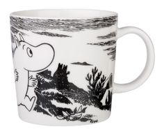 Arabia Finland and Iitala's distinctive mugs and kitchenware are illustrated with classic Finnish characters, including the Moomin collection. Arabia are extremely popular in Finland. Moomin Mugs, Classic Dinnerware, Tove Jansson, Scandinavian Interior Design, Finland, Home Accessories, Ceramics, Adventure, Tableware