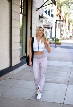 c0cb4e4e221c Erin Elizabeth of Wink and a Twirl shares this Aimn Athleisure Look for  Workout Style Inspiration #aimnsportswear #aimn #aimntribe  #fitnessmotivation ...