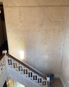"""Nichole Hettenhausen🗝✨🌿 on Instagram: """"Here is a photo of the two story wall I was referring to yesterday. There was no doubt in my mind that my husband would be able to tackle…"""" Second Story, Old Houses, Two By Two, Stairs, Husband, Wall, Instagram, Home Decor, Stairway"""