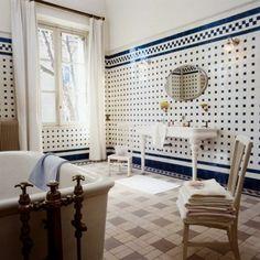 Une salle de bain à l'ancienne
