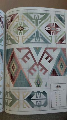 Bargello Patterns, Tapestry Crochet Patterns, Crochet Stitches Patterns, Embroidery Patterns, Cross Stitch Patterns, Crochet Carpet, Latch Hook Rugs, Tapestry Bag, Crochet Tablecloth