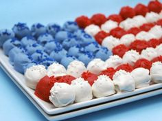 4th of July Cake Pops | 20 Red, White + Blue Sweets and Treats