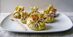 fagottini di crepes con radicchio e salsiccia