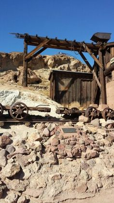 Calico Ghost Town ... Maggies Mining Company.  Nearest civilization is in Barstow, CALIFORNIA. Haunted Places, Abandoned Places, Ghost Town California, Barstow California, Calico Ghost Town, Mining Company, Old Cemeteries, Le Far West, Old West