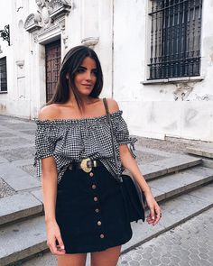 54 Woman Street Style Ideas You Will Want To Try - Global Outfit Experts Tumblr Outfits, Mode Outfits, Trendy Outfits, Party Outfits, White Outfits, Fashion Models, Girl Fashion, Fashion Outfits, Fashion Fashion