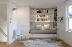 Built-in Furniture. This daybed is a cozy reading nook which can be converted into a queen bed for guests. Photo & design by Michel Laflamme Archtitect. Built In Daybed, Built In Desk, Built Ins, Built In Furniture, Home Office Furniture, Queen Daybed, Bed Nook, Bedroom Nook, Bedroom Ideas