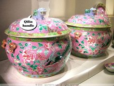Peranakan ceramics - Kamcheng, covered food containers