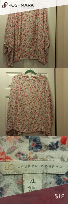 Lauren Conrad floral blouse Flowered design, no button holes, wide sleeves. Perfect over a tank top. Lauren Conrad  Tops Tunics