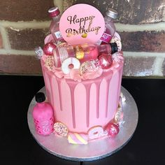 pink gin cake for my 🍸💗Topper - Pink Birthday Cake Ideen Alcohol Birthday Cake, 19th Birthday Cakes, Alcohol Cake, Bithday Cake, Pink Birthday Cakes, Beautiful Birthday Cakes, Adult Birthday Cakes, Birthday Cakes For Women, Pink Cakes