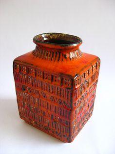 Vase form 70 20 Bay Keramik W. Germany