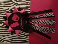 Zebra & Pink baby shower mum