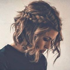 Plaits are still going strong! We love the combination with this short curly hair! Lovely!