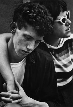 A new book of work by the late photographer Dave Heath captures cat-eyed rebels, poets, and folksingers in and around the legendary New York park.