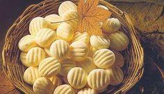 Ingredientes · 1 lata de Leite MOÇA® · 2 ovos · 5 colheres (sopa) de manteiga , em temperatura ambiente (65g) · 1 colher...