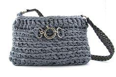 Ravelry: Stella Zpagetti bag pattern by Hoooked ✿Teresa Restegui http://www.pinterest.com/teretegui/✿