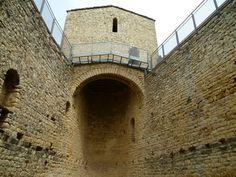 Publicamos el castillo de Mur que es un emblema de los Castillos de Frontera de los condados catalanes.
