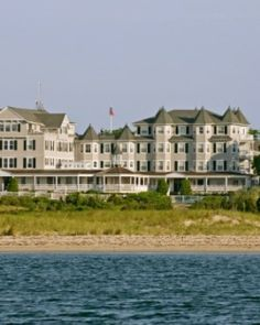 On Martha's Vineyard, the Harbor View Hotel has 114 seaside chic suites and cottages. #Jetsetter