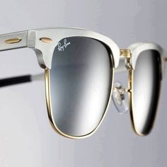 >>>Ray Ban Sunglasses OFF! >>>Visit>> Clubmaster Aluminum by Ray-Ban Cheap Michael Kors, Michael Kors Outlet, Fashion Mode, Love Fashion, Womens Fashion, Fashion Boots, Street Fashion, Runway Fashion, Fashion 2015