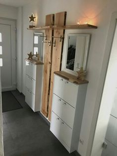 Eingangshalle Eingangshalle The post Eingangshalle appeared first on Garderobe ideen. Eingangshalle Eingangshalle The post Eingangshalle appeared first on Garderobe ideen. Hallway Decorating, Entryway Decor, Bedroom Decor, Entryway Ideas, Hallway Ideas, Pinterest Home, Small Spaces, Building A House, Diy Home Decor