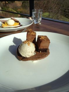 Desert at Tokara Wine Estate. Beautiful day wine tasting, eating and driving through Stellenbosch Wine Tasting, Beautiful Day, Blogging, Deserts, Ice Cream, The Incredibles, Lunch, Eat, Healthy