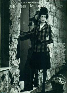 Carolina posando para un reportaje vestida de Chanel.