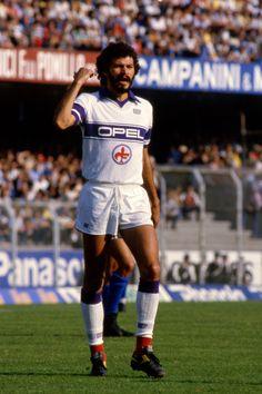 Sócrates na italiana Fiorentina, 1984.