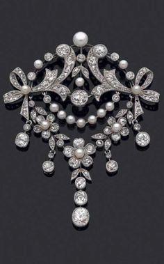 SANDOZ - A Belle Epoque gold, diamond and cultured pearl pendant, about 1900. 7cm long. #Sandoz #BelleÉpoque