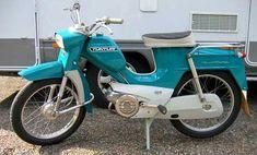 Moped Scooter, Vespa, Motor Scooters, Moto Bike, Nostalgia, Retro, Classic, Vehicles, Random