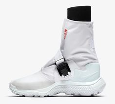 https://solecollector.com/news/2017/11/nike-gaiter-womens-boot-white-black-pure-platinum-barely-green-aa0528-100