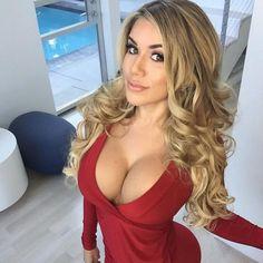 Chantel Zales, la sexy ex futbolista - Univision