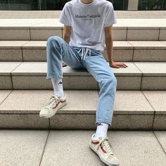 Mens Casual Fashion For A Relaxing Look Fashion 90s, Retro Fashion, Korean Fashion, Fashion Outfits, Fashion Trends, Converse Fashion, Fashion Shorts, Witch Fashion, Adidas Fashion